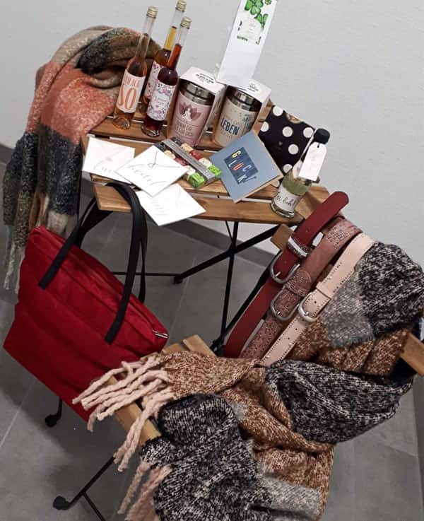 Accessoires und Geschenke bei Knit-Point